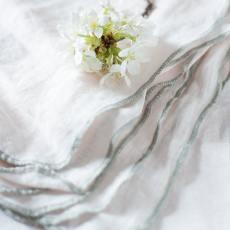 broste copenhagen leinenservietten gracie petal pink hellrosa mit grauem rand wunderschoen-gemacht