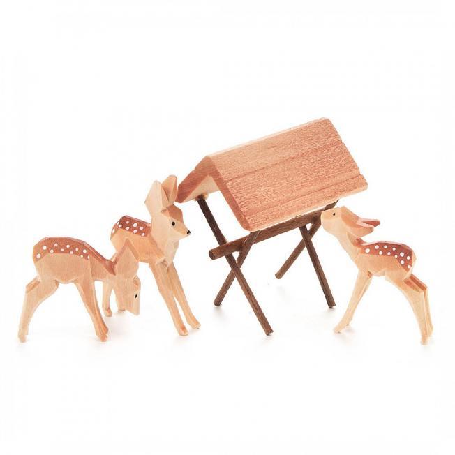 dregeno holz deko bambis handgeschnitzt mit futterraufe wunderschoen-gemacht