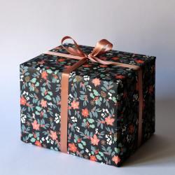 haferkorn und sauerbrey geschenkpapiere ilex berries beeren blaetter wunderschoen-gemacht