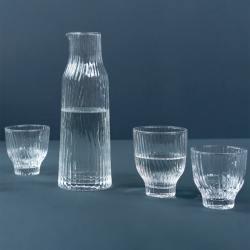 kinta mundgeblasenes trinkglas amnis klarglas wellenmuster wunderschoen-gemacht