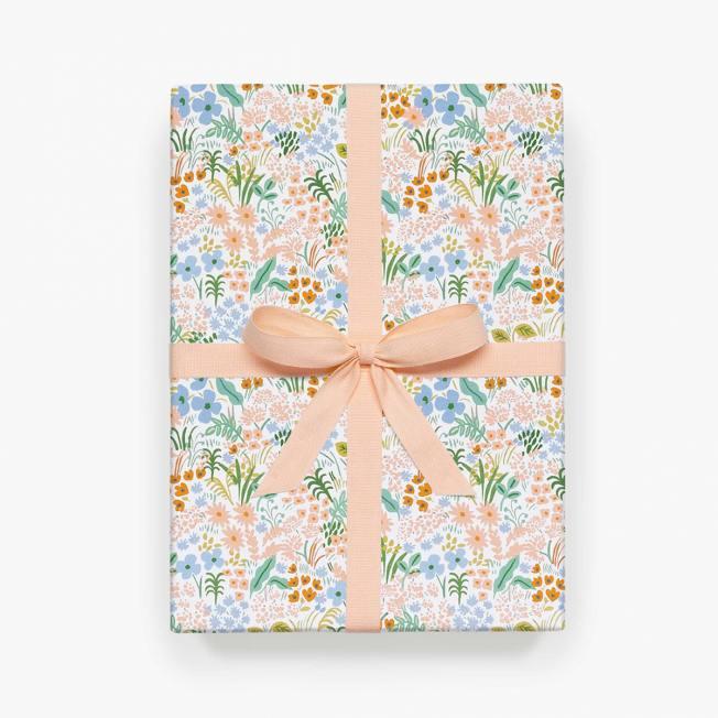 rifle paper co geschenkpapiere meadow pastel floral wiesenblumen und blueten hellblaue rosa wunderschoen-gemacht