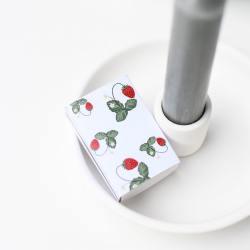 storefactory streichhoelzer streichholzschachtel erdbeeren jordgubbe wunderschoen-gemacht