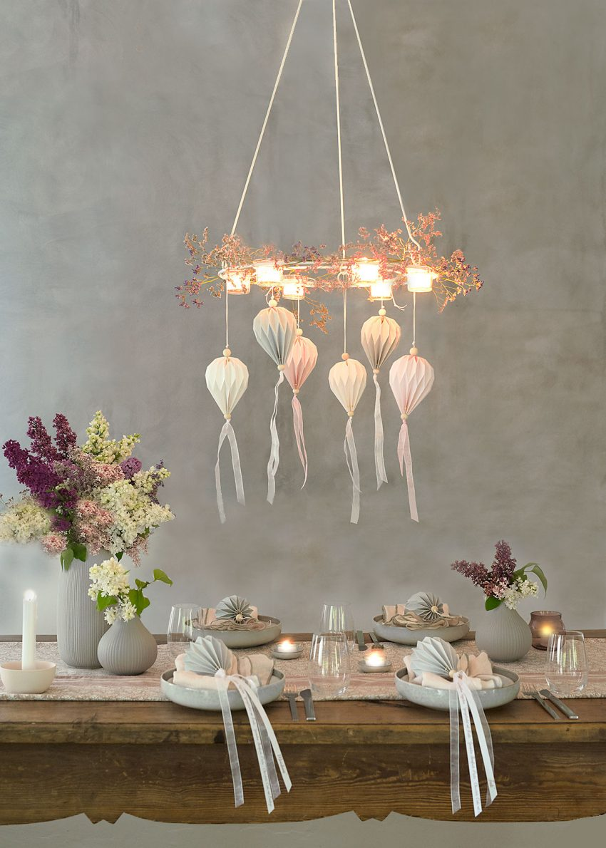 fruehlings-tischdeko-mit-flieder-wunderschoen-gemacht