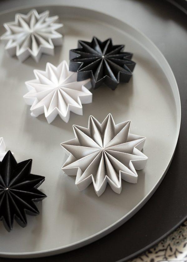 leporello-papier-sterne-plissee-gefaltet-wunderschoen-gemacht