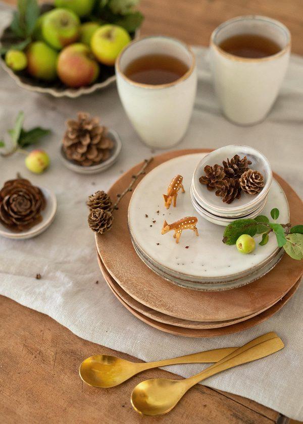 broste-copenhagen-geschirr-nordic-sand-keramik-wunderschoen-gemacht