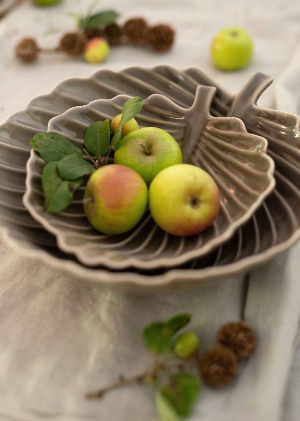bungalow-dk-keramik-blatt-schalen-braune-wunderschoen-gemacht