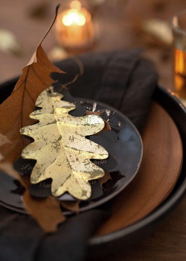 bungalow-dk-deko-goldenes-eichenblatt-oak-leaf-anhaenger-wunderschoen-gemacht