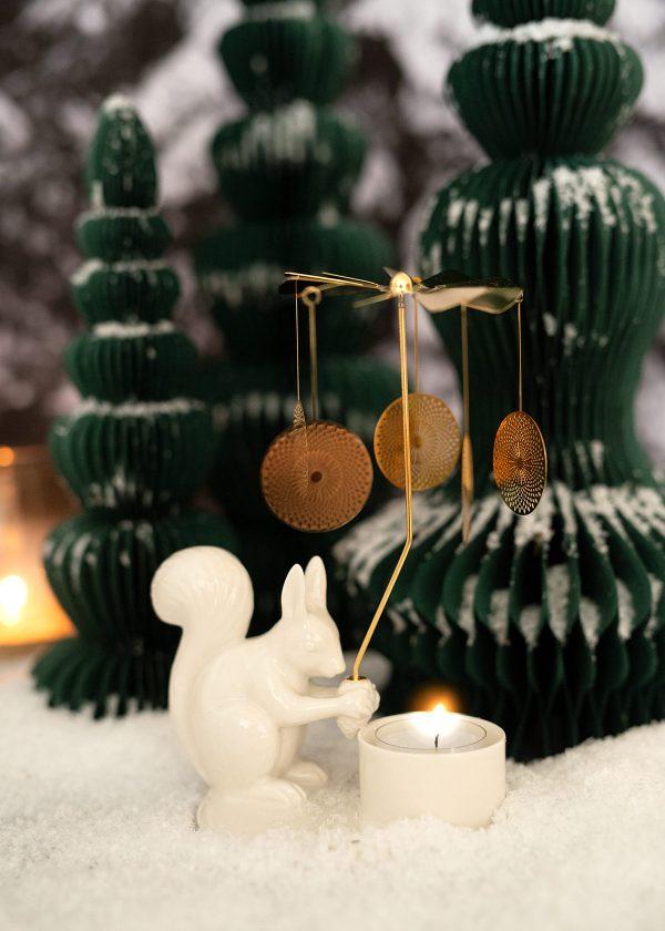 dottir-design-winterstories-kerzenhalter-lichtspiel-eichhoernchen-wunderschoen-gemacht