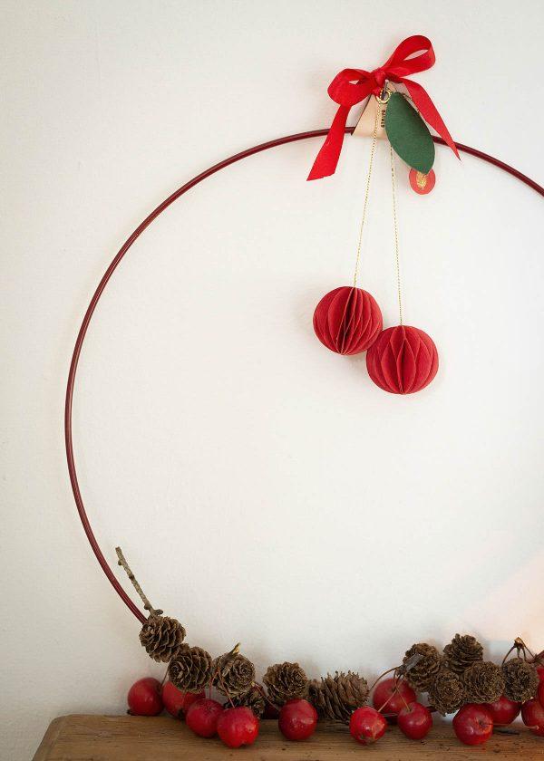 strups-ring-rot-aepfel-zapfen-wunderschoen-gemacht
