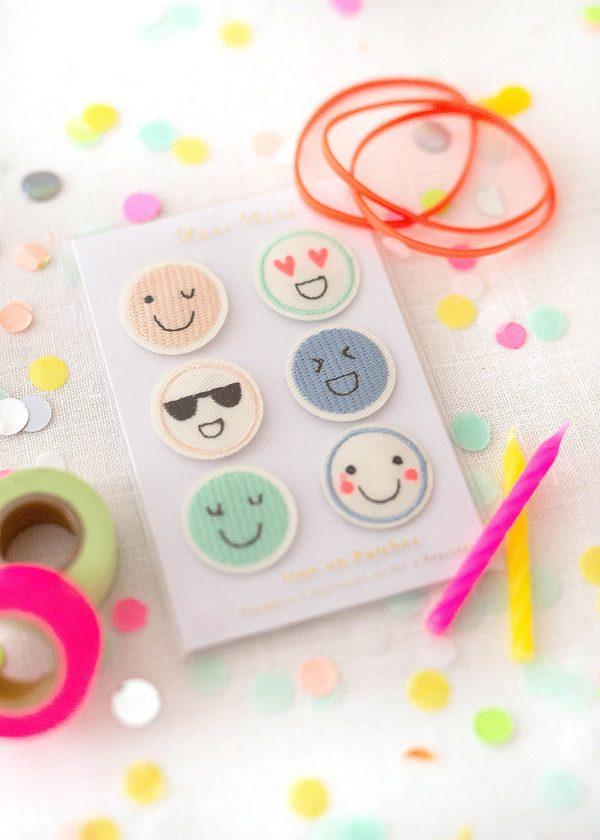 meri-meri-emoji-patches-buegelbild-smileys-neon-pastell-wunderschoen-gemacht