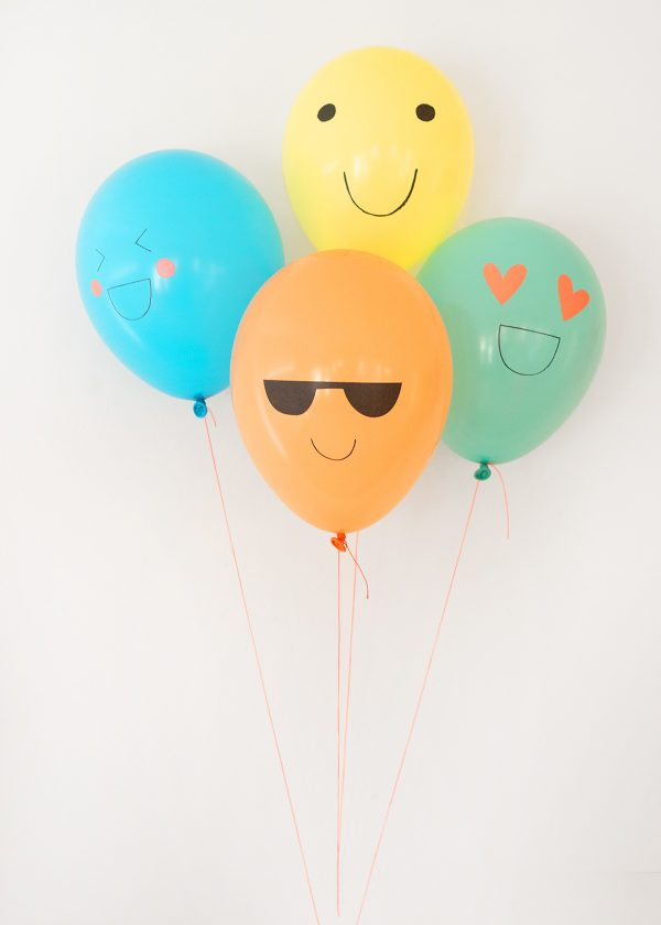 meri-meri-luftballons-emojis-smileys-neon-pastell-wunderschoen-gemacht-