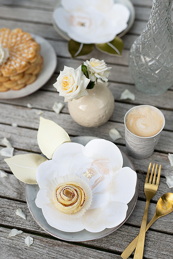 meri-meri-pappteller-rosen-wunderschoen-gemacht