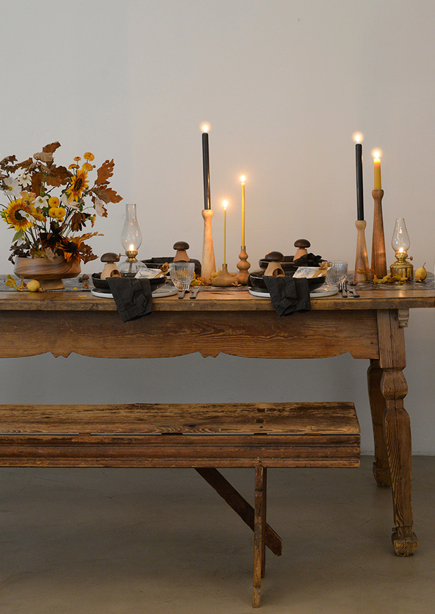 herbsttischdekoration-pilzen-birnen-wunderschoen-gemacht